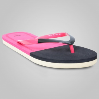 MAX Colour Block Slip-Ons