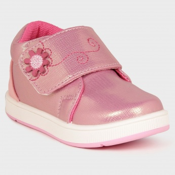 MAX Little Girl Velcro Closure Shoes