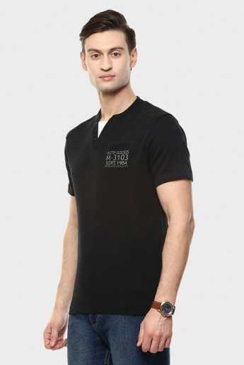 MAX Henley Collar T-Shirt