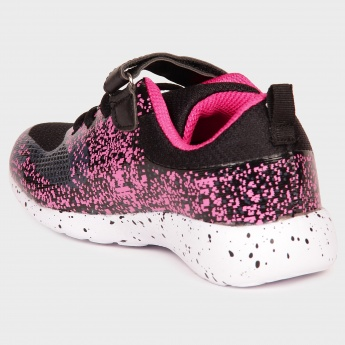 MAX Velcro Closure Sporty Shoes