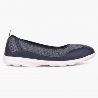 MAX Sporty Slip-Ons