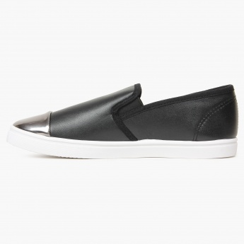 MAX Metallic Toe Slip-Ons