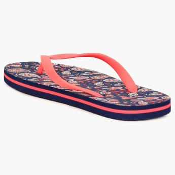 MAX Paisley Print Slippers