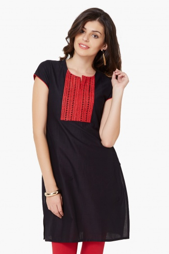 MAX Embroidered Short Sleeves Kurti