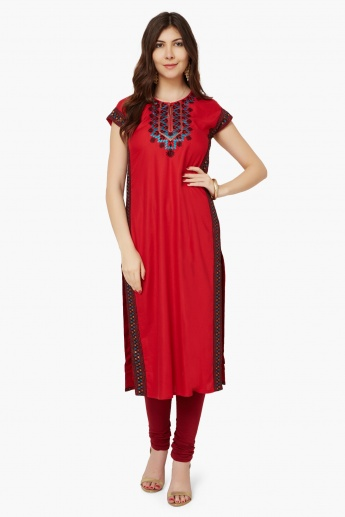 MAX Embroidered Kurta