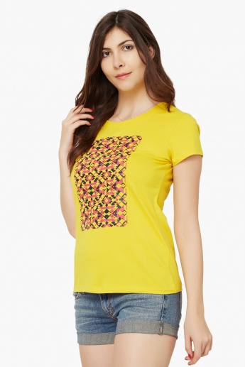 MAX Graphic Print Top