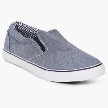 3baec0488c8 MAX Casual Canvas Slip Ons