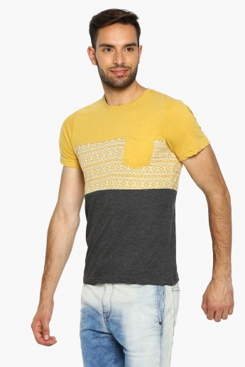0527dde9725c5 MAX Patch Chest Pocket Crew Neck T-Shirt | Yellow | Printed