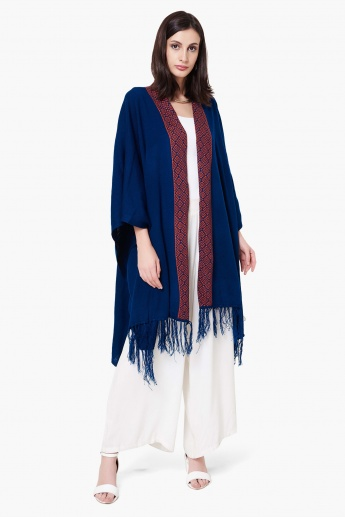 MAX Patterned Front Open Tassel Detail Long Shrug