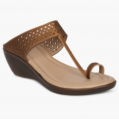 MAX Lasercut Detail Sandals