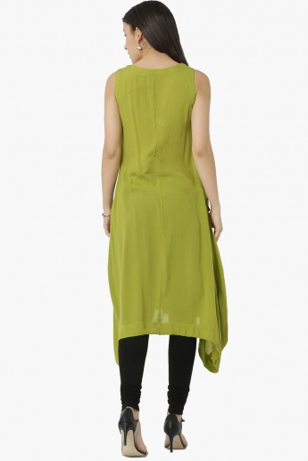 MAX Solid Sleeveless Asymmetric Hem Kurta
