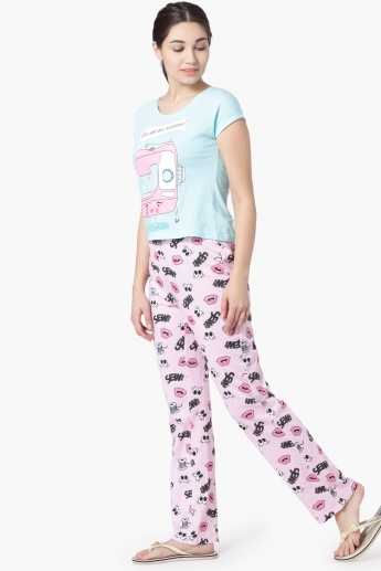 8dbfca875ac7 MAX Printed T-Shirt And Lounge Pants Set