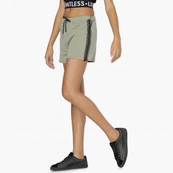 MAX Lace Trim Knitted Shorts