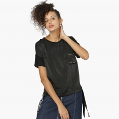 MAX Rivet Patch Pocket Tape Detail T-Shirt