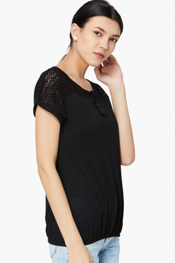 MAX Tie-Up Lace Blouson T-shirt