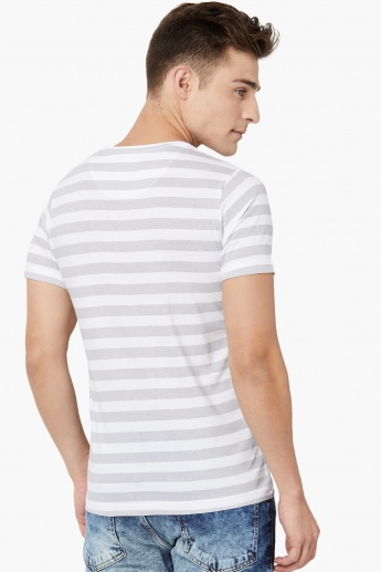 MAX Graphic Print Striped Crew Neck T-shirt
