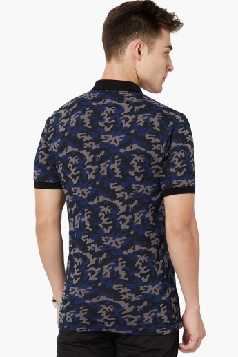 MAX Camouflage Print Zip Placket Polo T-shirt