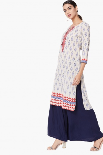 MAX Patterned Embroidered Trim Kurta