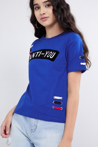MAX Typography Print Lace-Up Trim T-shirt