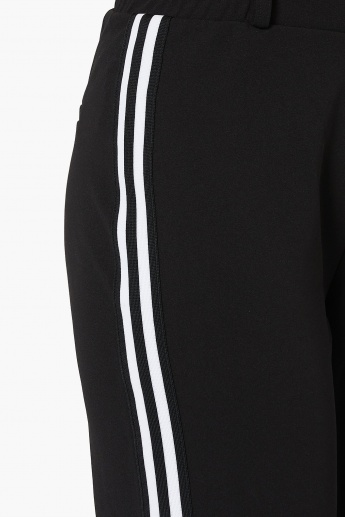 MAX Contrast Taping Cropped Pants