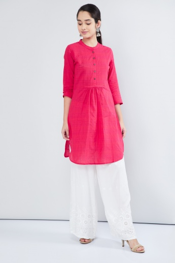MAX Mandarin Collar Three-Quarter Sleeves Knitted Kurta