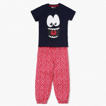 MAX Graphic Print T-Shirt With Joggers