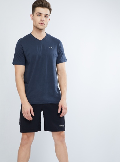 MAX Solid V-neck T-shirt thumbnail