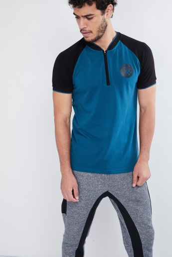 MAX Panelled Sleeves Zip-Up Neck Training T-shirt