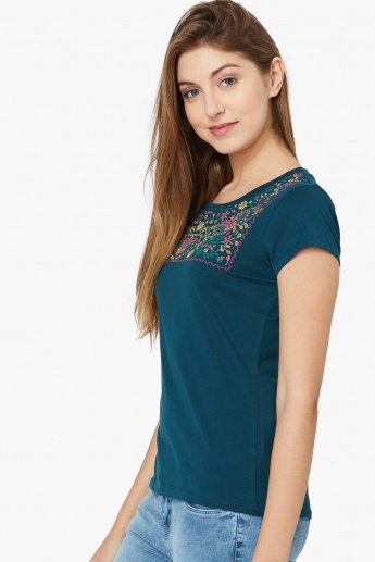 MAX Printed Yoke Round Neck T-shirt