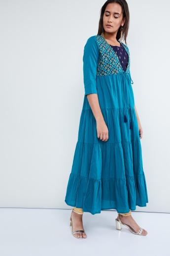 MAX Embroidered Kurta with Tie-Up Tiered Jacket