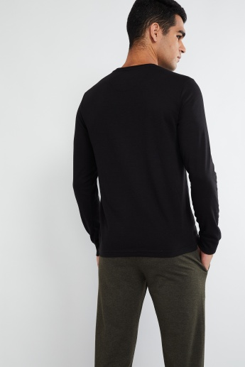 MAX Long Sleeve V-neck T-shirt