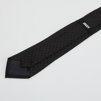 MAX Patterned Tie