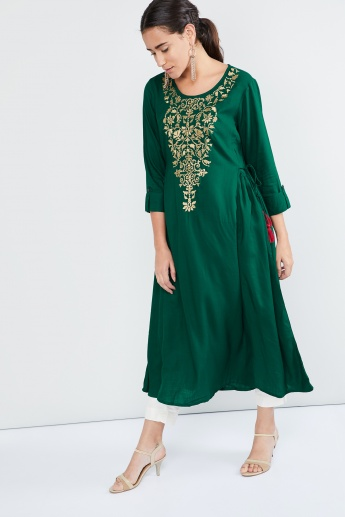 MAX Embroidered Tie-Up Kurta