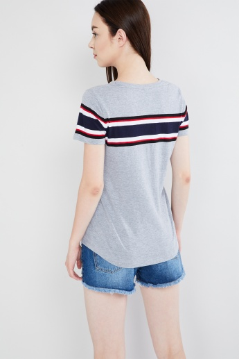 MAX Striped Trim Round Neck T-shirt