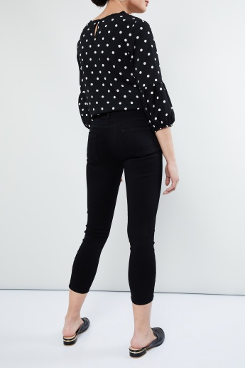 MAX Solid Cropped Jeans