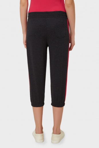 MAX Sporty Elasticated Hem Capris