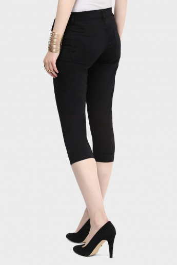 MAX Solid Stretchable Capris