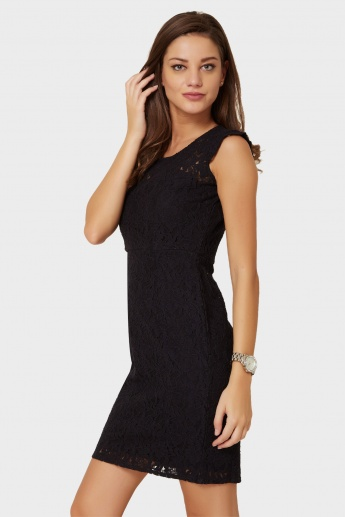 MAX Lacy Sleeveless Sheath Dress