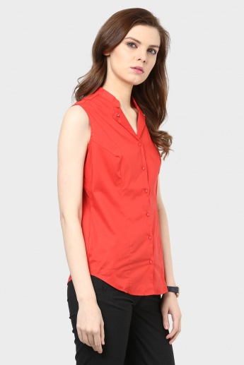 MAX Sleeveless Button Up Shirt