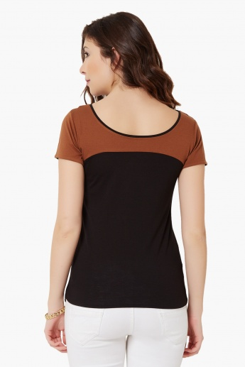 MAX Two Tone Round Neck Top