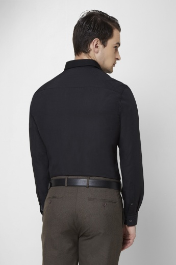 MAX Slim Fit Concealed Placket Formal Shirt