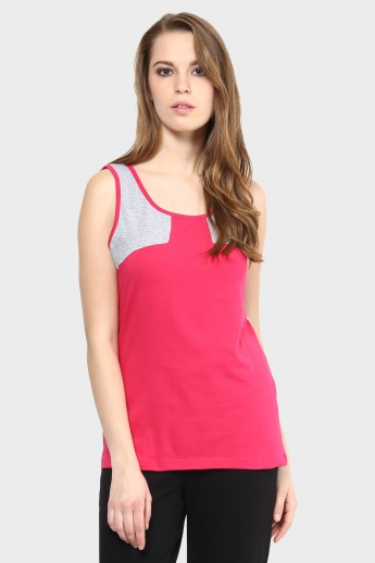 MAX Sleeveless Top