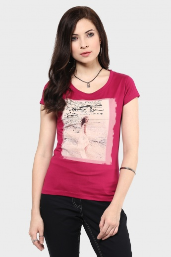 MAX Chest Imprint Round Neck T-Shirt
